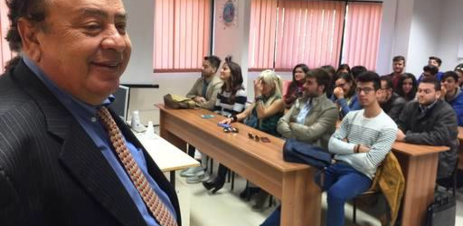 """Medicina romena a Enna, il ministero conferma: """"Titolo di studio non riconoscibile"""""""