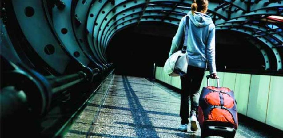 Giovani all'estero per lavoro, Caltanissetta tra le prime 10 province d'Italia. Dato di emigrazione oltre la media nazionale