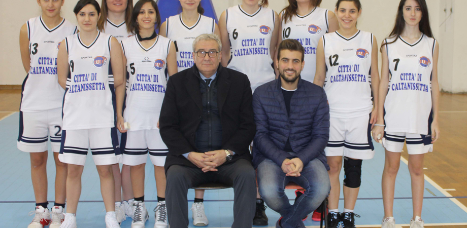 Basket femminile. Cusn Caltanissetta asso pigliatutto: Ko Fenice Basket. Le nissene in cima alla classifica