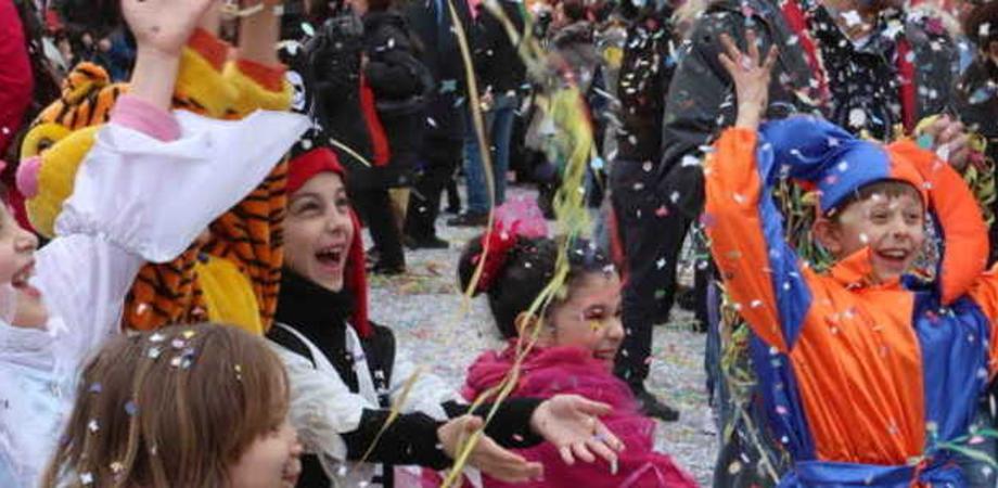 Carnevale in piazza Garibaldi. Giovedì festa, animazione e sfilate per i bambini