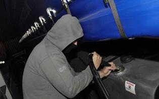 http://www.seguonews.it/caltanissetta-raid-nel-cantiere-ss-640-rubati-150-litri-di-gasolio-da-due-mezzi-articolati