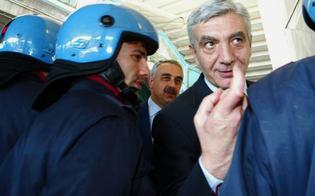 http://www.seguonews.it/calunnie-e-misteri-a-caltanissetta-lex-capo-della-polizia-de-gennaro-mai-conosciuto-vito-e-massimo-ciancimino