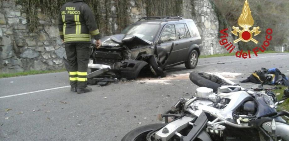 Incidente in moto, morti operaio di Caltanissetta e il cognato. L'ultimo messaggio al cugino prima dello schianto