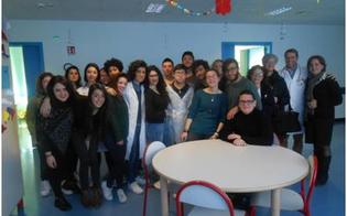 http://www.seguonews.it/caltanissetta-i-colori-invadono-la-pediatria-dellospedale-esperienza-per-gli-studenti-del-liceo-darte-juvara
