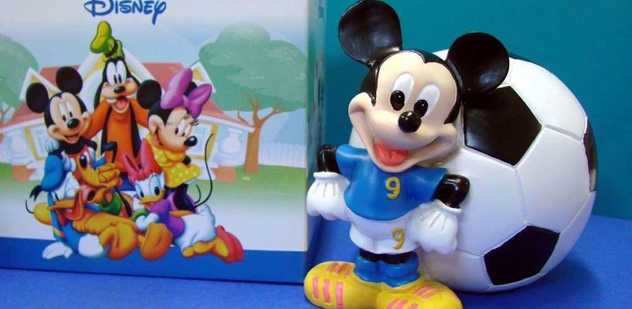 Truffa con pacco... Disney a Caltanissetta e San Cataldo. Falso agente di commercio spilla soldi a negozianti