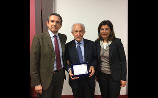 http://www.seguonews.it/orgoglio-nisseno-nel-mondo-lordine-dei-medici-iscrive-ad-honorem-il-neurochirurgo-giulio-maira
