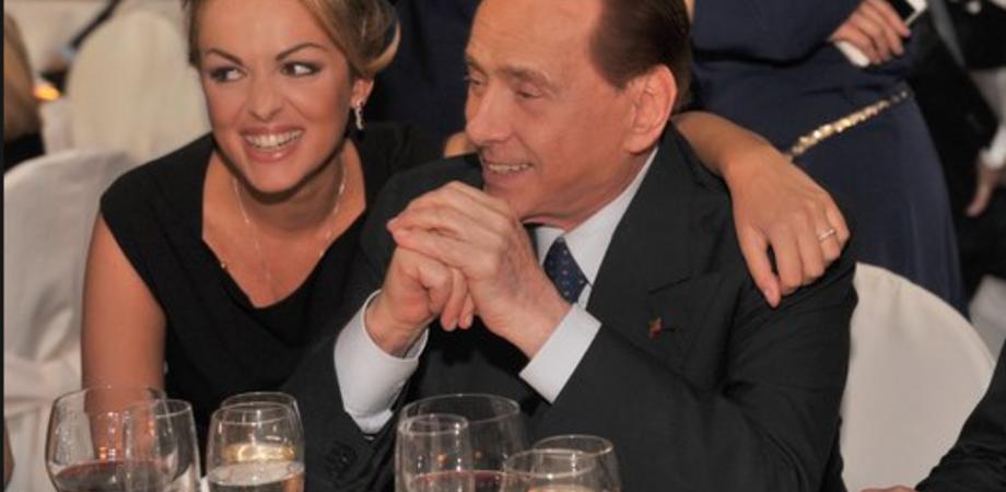 Caltambiente sponsor della cena con Berlusconi. Insorge il Pd, la società si difende