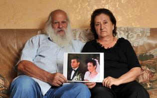 http://www.seguonews.it/lo-scrittore-sbirro-imd-e-gli-strateghi-del-male-martedi-a-caltanissetta-si-presenta-il-libro-con-i-genitori-dellagente-agostino