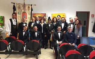 http://www.seguonews.it/real-maestranza-il-capitano-castelli-in-visita-ai-minori-reclusi-e-allunione-ciechi