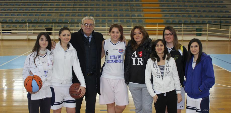 Basket femminile. Cusn Caltanissetta vola, battute le rivali ragusane Eirene