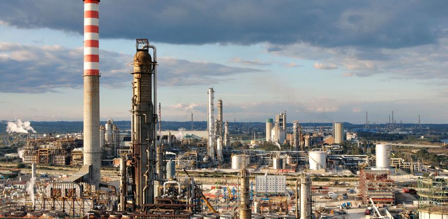Investimenti nell'area industriale di Gela, i sindacati sollecitano conferenza di servizi Stato - Regione