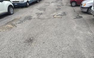 http://www.seguonews.it/disastrate-e-pezzate-le-strade-colabrodo-del-quartiere-san-luca-lo-sfogo-dei-residenti-da-sempre-abbandonati