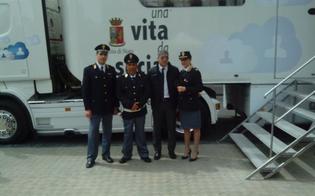 http://www.seguonews.it/una-vita-da-social-fa-tappa-a-gela-liniziativa-della-polizia-catarella-testimonial-della-campagna-educativa