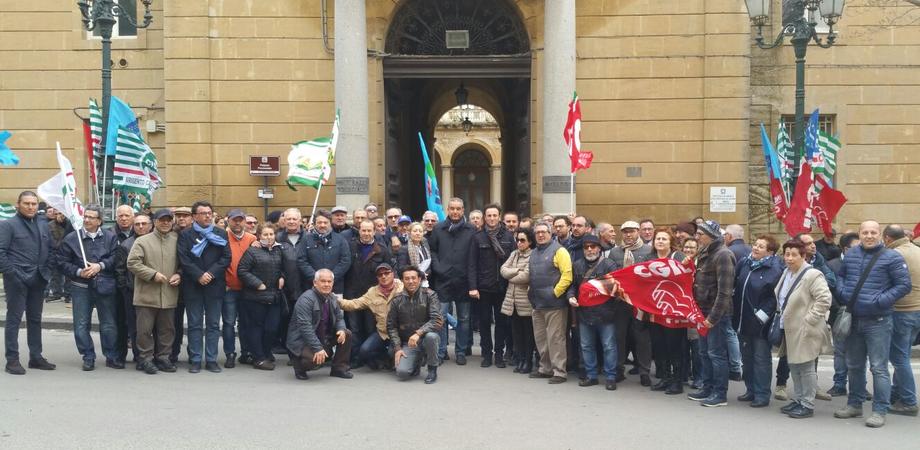 """Legge Fornero, protesta dei sindacati a Caltanissetta. """"Basta precarietà, norme da riformare"""""""