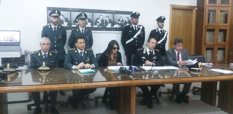"""""""Perla Nera"""", business dei loculi a Caltanissetta: nomi e foto degli imprenditori e dei funzionari arrestati"""