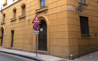 http://www.seguonews.it/sportello-alimentare-abusivo-avos-accusa-il-comune-di-caltanissetta-ci-hanno-concesso-i-locali-senza-delibera