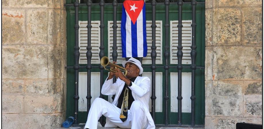 """L'Angolo dell'Avventura. Stasera il fotoracconto su Cuba al Multisala """"Moncada"""""""