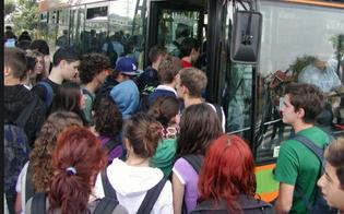 http://www.seguonews.it/studenti-pendolari-a-caltanissetta-troppi-disagi-sondaggio-rete-studenti-medi-costi-elevati-e-disservizi