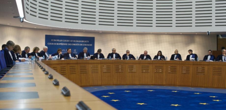 """Detenuto suicida al """"Malaspina"""", caso chiuso. La famiglia ricorre alla Corte di giustizia europea"""