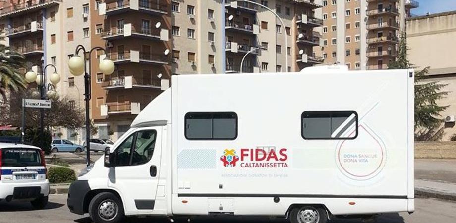 Donazione sangue, la Fidas Caltanissetta scende in campo. Lunedì l'autoemoteca fa tappa in Prefettura