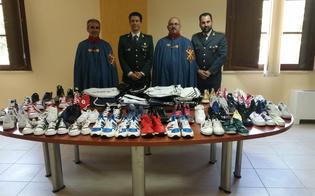 http://www.seguonews.it/scarpe-e-borse-sequestrate-in-beneficenza-dono-della-guardia-di-finanza-allordine-san-giorgio