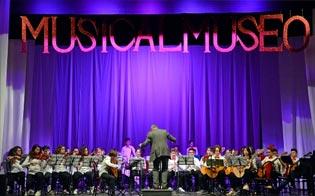 http://www.seguonews.it/successo-per-musicalmuseo-migliaia-di-studenti-caltanissetta-il-senato-premia-la-kermesse