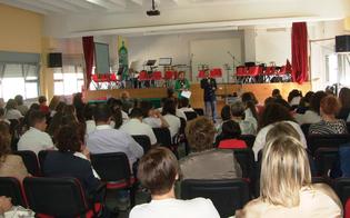 http://www.seguonews.it/percorsi-di-legalita-la-polizia-fa-tappa-alla-scuola-puglisi-di-serradifalco-incontro-con-genitori-e-alunni