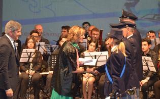 http://www.seguonews.it/festa-della-polizia-di-stato-a-caltanissetta-encomi-e-lodi-al-personale-chi-sono-i-premiati