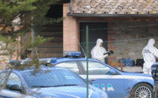 http://www.seguonews.it/caltanissetta-raid-nelle-villette-di-poggio-santelia-auto-rubate-ritrovate-dalla-polizia