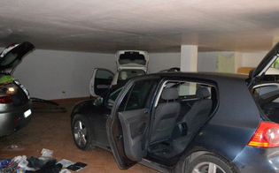 http://www.seguonews.it/veicoli-rubati-e-ricambi-smontati-nel-nisseno-cinque-denunciati-la-base-era-unofficina