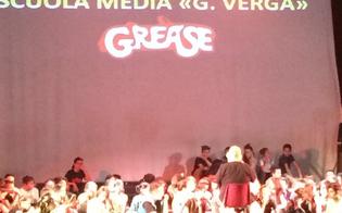 http://www.seguonews.it/grease-allarena-san-pietro-gli-alunni-della-scuola-verga-salutano-lanno-scolastico