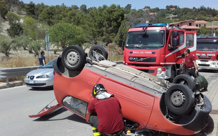 http://www.seguonews.it/incidente-stradale-in-via-due-fontane-auto-si-ribalta-donna-ferita