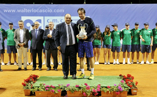 Tennis. Al torneo di Caltanissetta Lorenzi piega Donati. Boom di spettatori alla finale