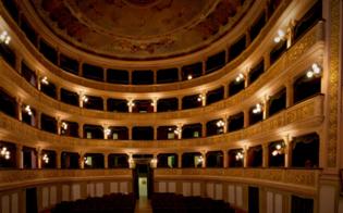 https://www.seguonews.it/coronavirus-franceschini-nelle-zone-gialle-riaperture-di-cinema-e-teatri-il-27-marzo