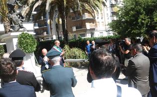 http://www.seguonews.it/caltanissetta-ricorda-borsellino-e-i-5-agenti-della-scorta-pochi-cittadini-alla-commemorazione
