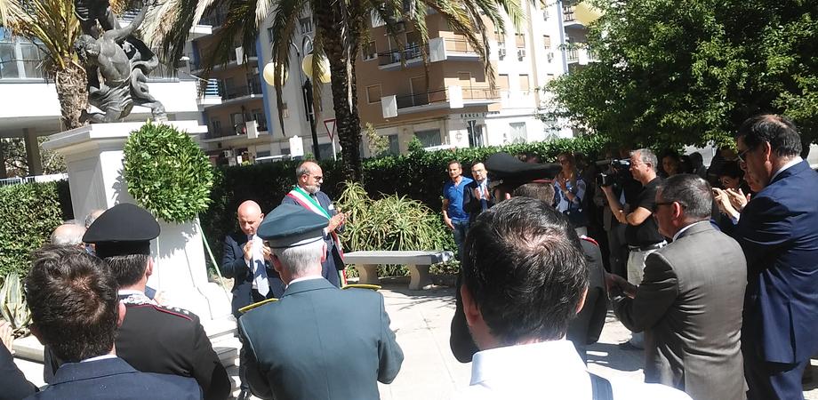 Caltanissetta ricorda Borsellino e i 5 agenti della scorta. Pochi cittadini alla commemorazione