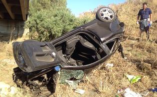 Schianto sulla A19, militare nisseno vola dal viadotto: è grave. Salva famiglia con tre bambini