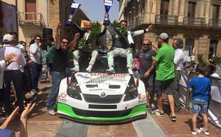 https://www.seguonews.it/rally-di-caltanissetta-mirabile-e-calderone-campioni-bis-successo-di-pubblico-per-la-14-gara