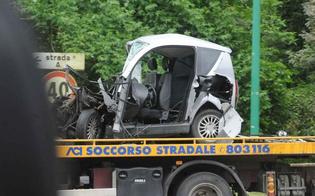 http://www.seguonews.it/carambola-tra-auto-a-pian-del-lago-minicar-si-ribalta-tre-feriti-finiscono-in-ospedale