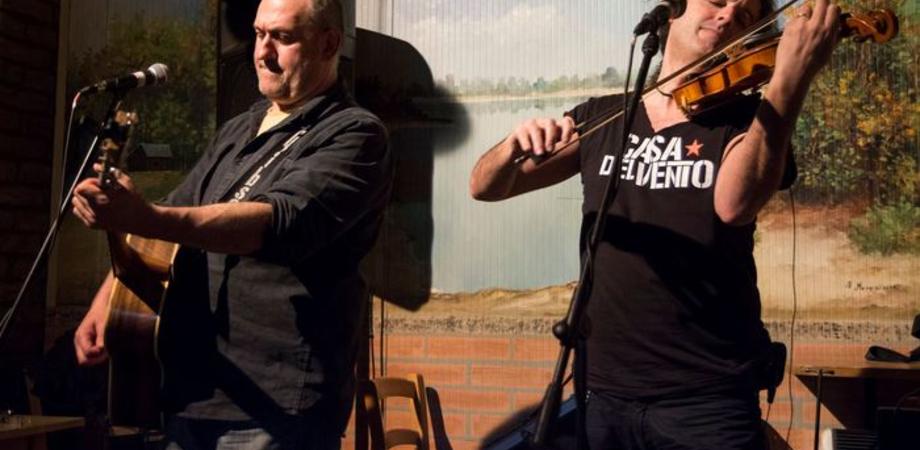 """""""La Casa del vento"""" in tour. Il 25 agosto concerto al Dam di San Cataldo"""