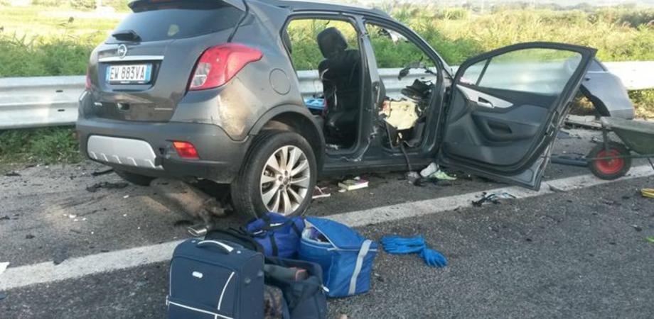 Strage in autostrada, muore famiglia siciliana. Finanziere andava in vacanza con moglie e figli