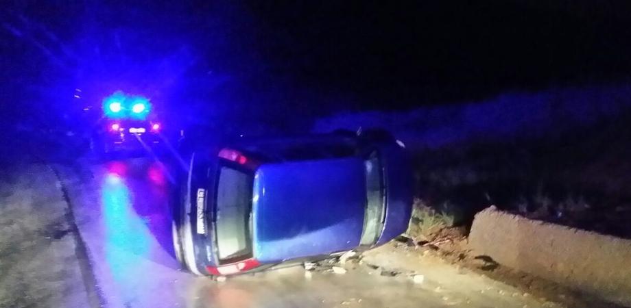 Incidente sulla Riesi-Sommatino: auto si ribalta, giovane coppia finisce in ospedale