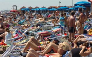 http://www.seguonews.it/ferragosto-crisi-non-ti-conosco-tutto-esaurito-negli-stabilimenti-balneari-della-sicilia