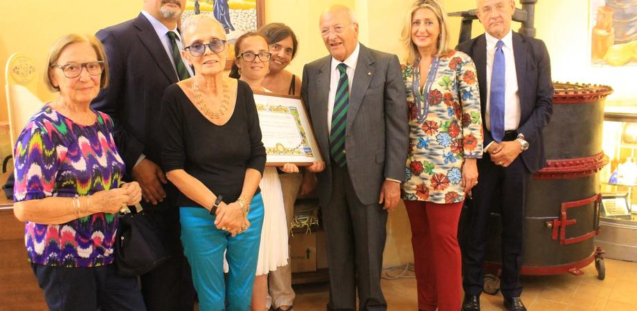 Qualità e tradizione, al Torronificio Geraci il premio Albertini dell'Accademia di Cucina