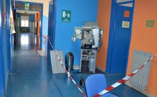 http://www.seguonews.it/caltanissetta-furto-alla-scuola-pietro-leone-la-squadra-mobile-scopre-diciottenne-grazie-alle-impronte