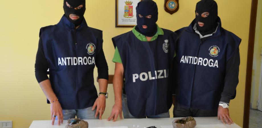 Giro di spaccio alla Provvidenza, arrestato gambiano: la Narcotici sequestra droga e soldi