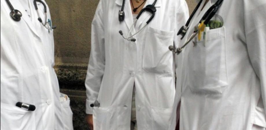 Ordine dei Medici Caltanissetta, sostegno di 2 anni per giovani camici bianchi: dalla tutela legale alla formazione