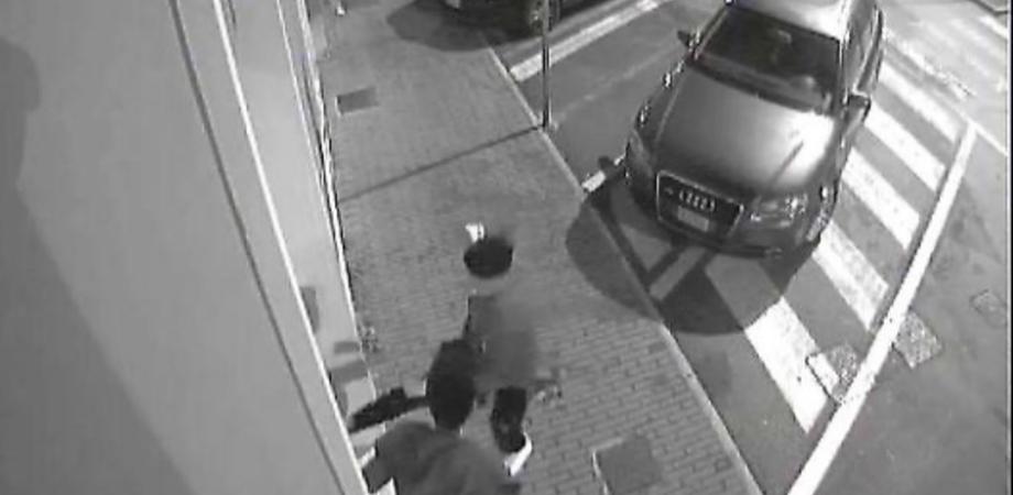 Caltanissetta. Commando tenta assalto a supermercato, metronotte Ksm li mette in fuga
