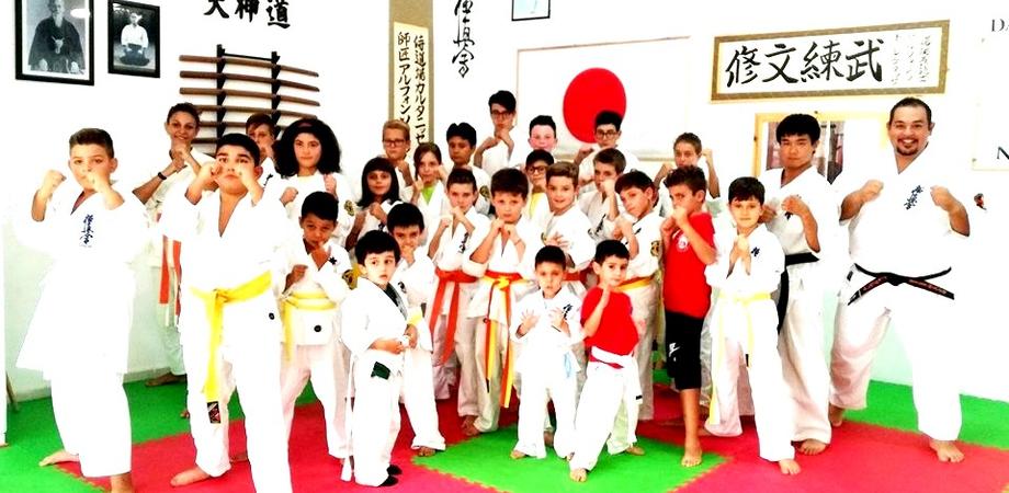 """Arti marziali. Da Tokyo a Caltanissetta: il giapponese Daigo ospite della """"Samurai Dojo"""""""