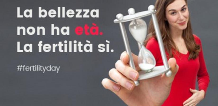 """Fertility Day, polemica contro il ministro. La Lorenzin: """"Vogliamo solo spezzare un tabù"""""""